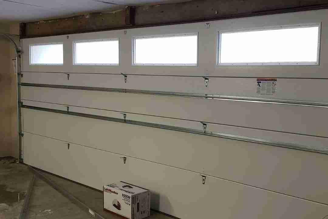 insulated steel garage door
